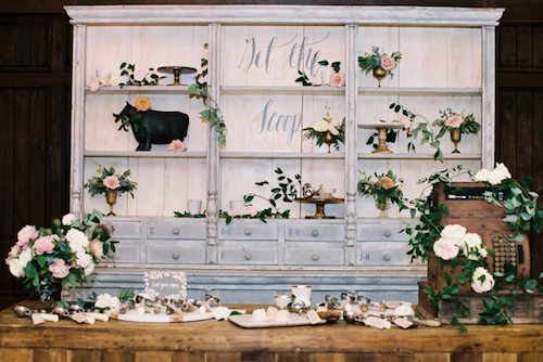 Vintage Décor - Event & Wedding Design